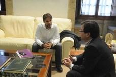 Podemos pide a la Junta que aclare con quién quiere pactar los presupuestos de Extremadura