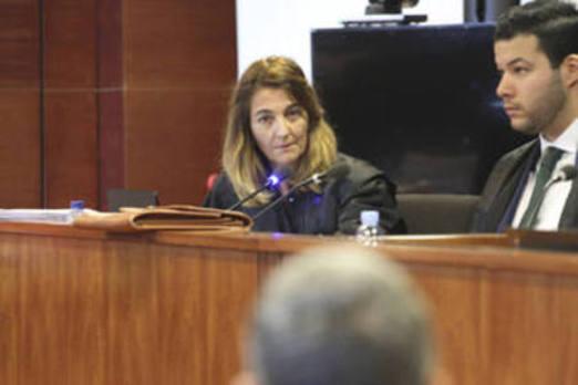 La fiscalía mantiene la petición de un año y nueve meses de prisión para Heras y Jurado