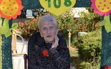Ana Cortés, más de cien años de vivencias
