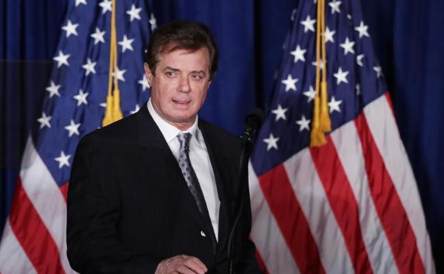 Una juez dicta el arresto domiciliario del exjefe de campaña de Trump