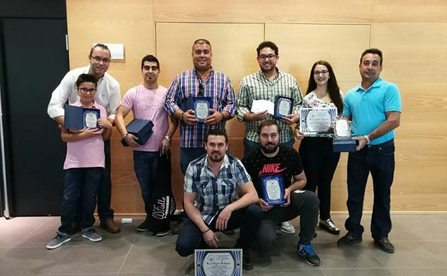 Casi cien premios del colectivo ornitológico 'La sirena' en Don Benito