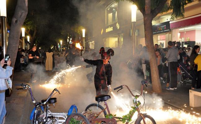 El Festival Extremiedo se despide hoy con un pasacalles de Halloween