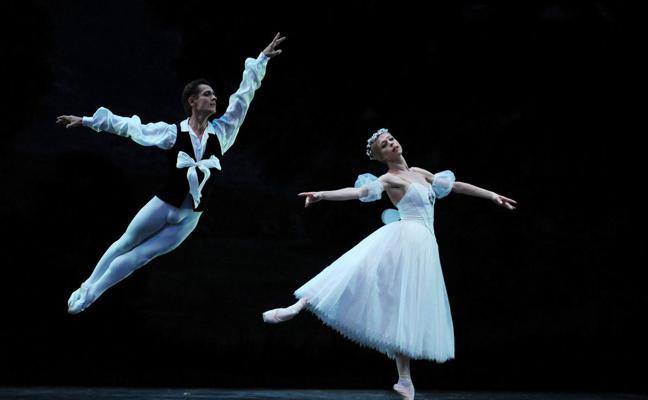 El Ballet Nacional Ruso, Silvia Pérez Cruz y 'Héroes', en el Gran Teatro esta semana