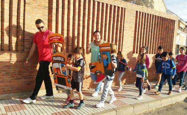 El colegio El Pilar de Don Benito vuelve a apostar por el camino escolar seguro durante este curso