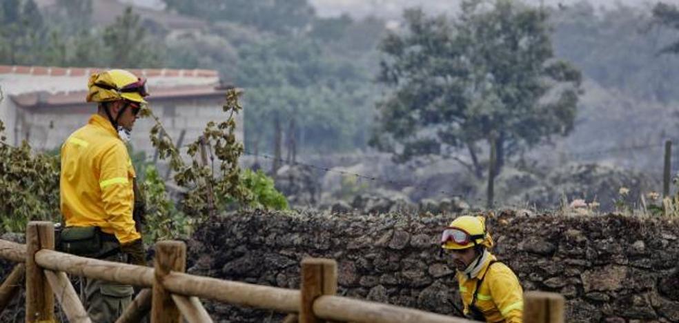 UGT pide a la Junta que cumpla la categoría de bombero forestal en el Infoex