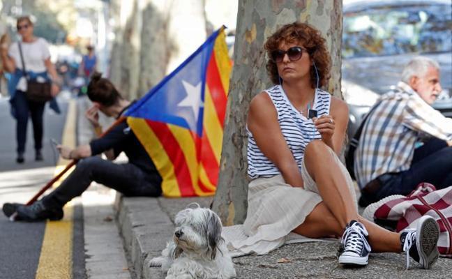 El independentismo convoca una huelga general para el miércoles