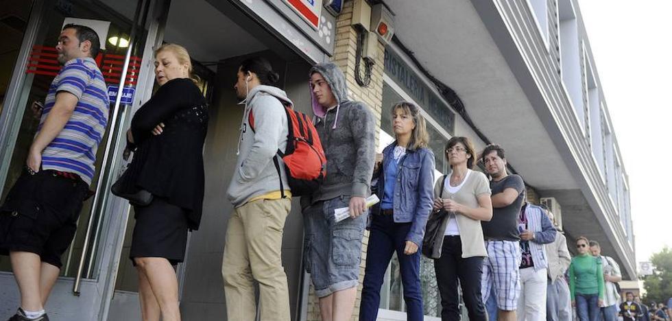 Cataluña, a la cabeza del aumento del paro en octubre