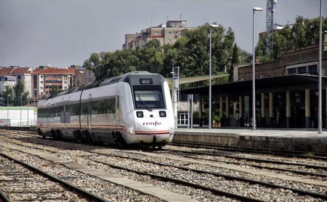 Una nueva avería deja parado en Talavera al tren Madrid-Cáceres