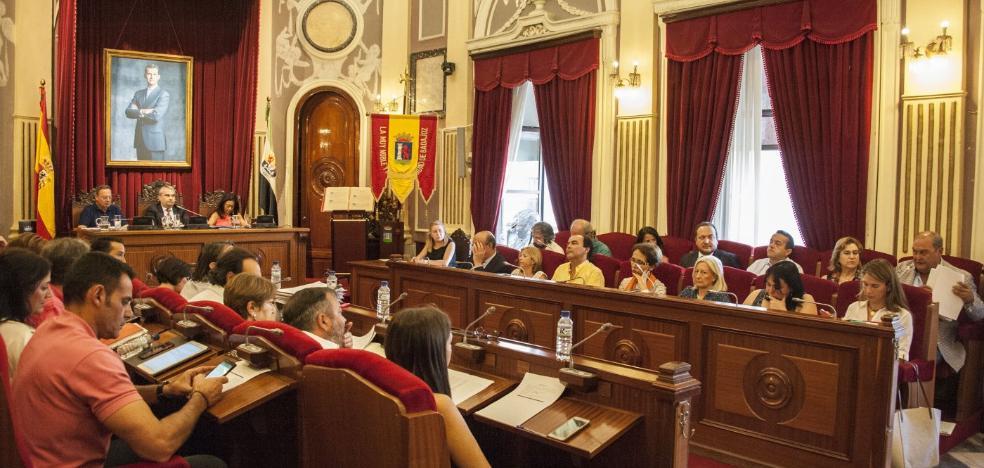 La Audiencia dice que la libertad de expresión no ampara insultos a políticos y funcionarios