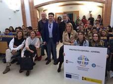 160 jóvenes cacereños participan en el programa de formación Esfera con becas de 400 euros