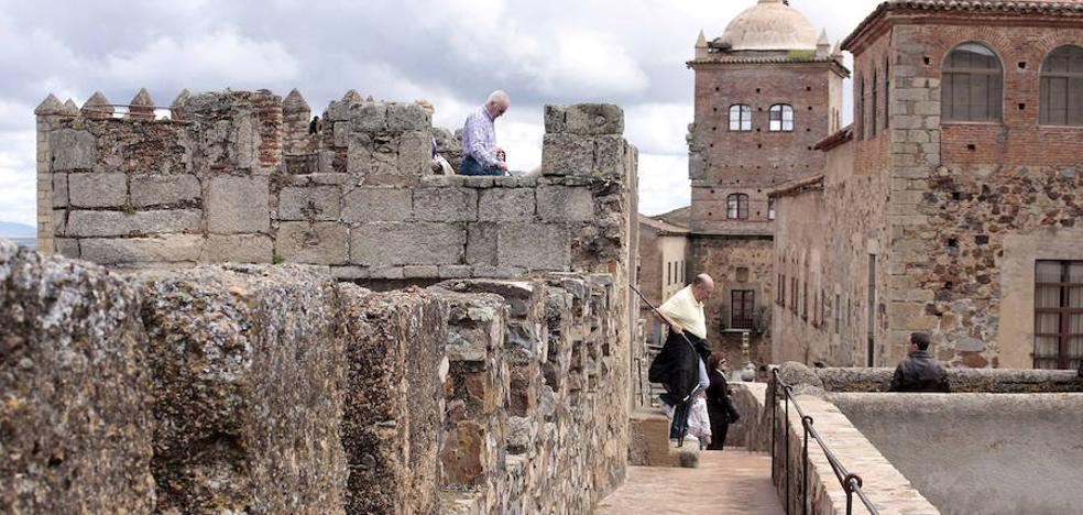Diputación, Cáceres y otros 21 municipios se unen para solicitar fondos DUSI
