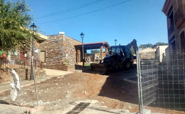 Mejoran los servicios de la calle Cumbre de Romangordo