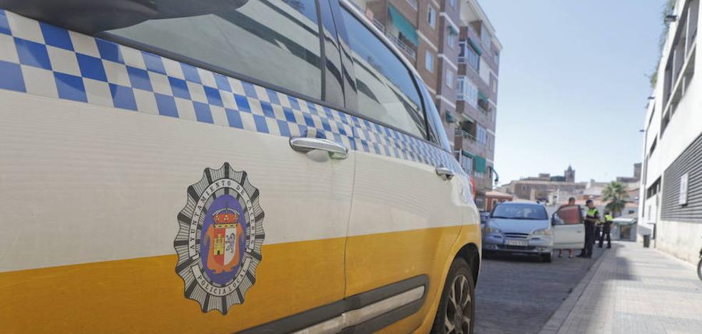 Casi 300 aspirantes a tres plazas de agente de la Policía Local de Cáceres