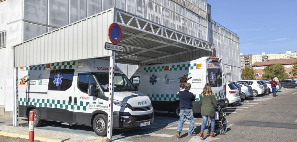 El PSOE solicita una comisión de investigación sobre las ambulancias