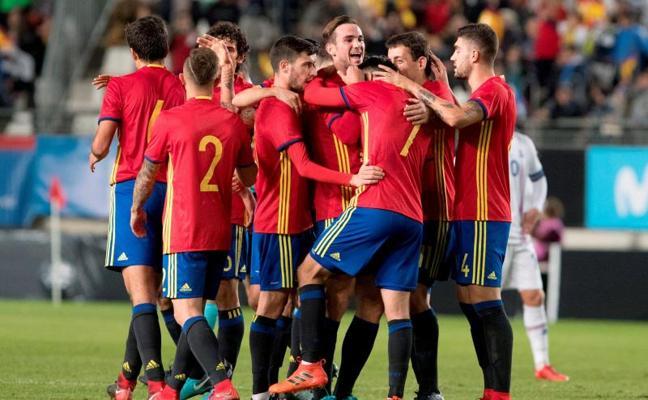 España gana por la mínima a Islandia y firma el 3 de 3