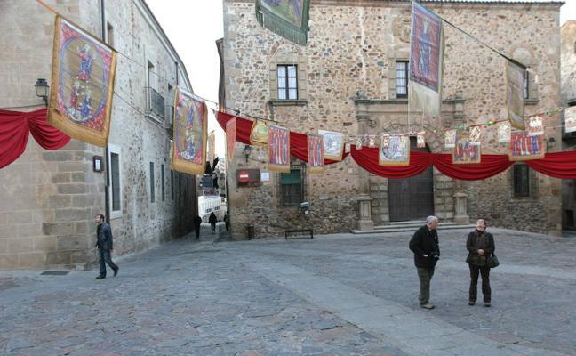 El Mercado de las Tres Culturas se celebra hasta el domingo