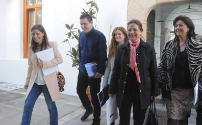 La Junta y Podemos acercan posturas en la reunión sobre los Presupuestos