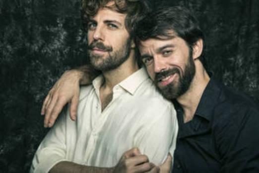 Los actores extremeños Santi Senso y Alberto Amarilla, juntos en el escenario