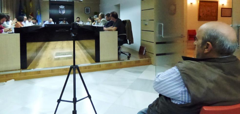 El pleno de Navalmoral solicita de forma unánime la creación de una oficina permanente del DNI