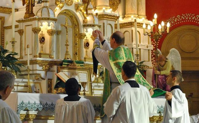 Et intruibo ad altare Dei