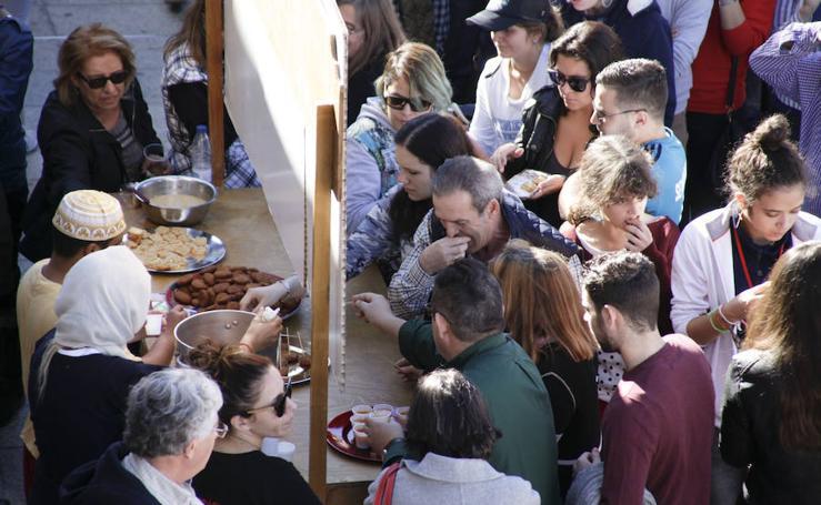 Gran afluencia de público en el Mercado Medieval de las Tres Culturas