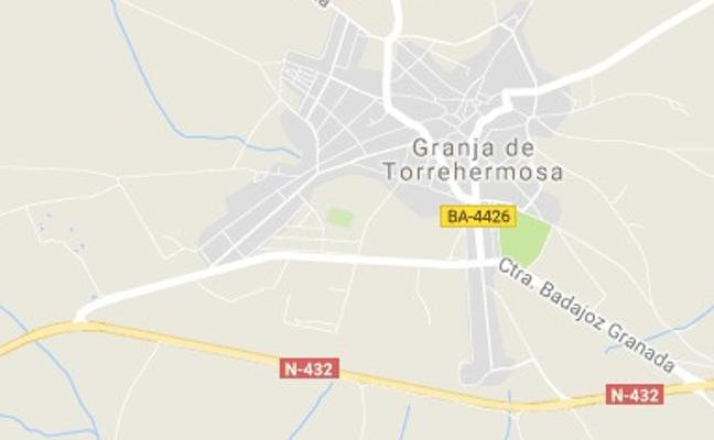 Fallece tras ser atropellado en la N-432 en Granja de Torrehermosa
