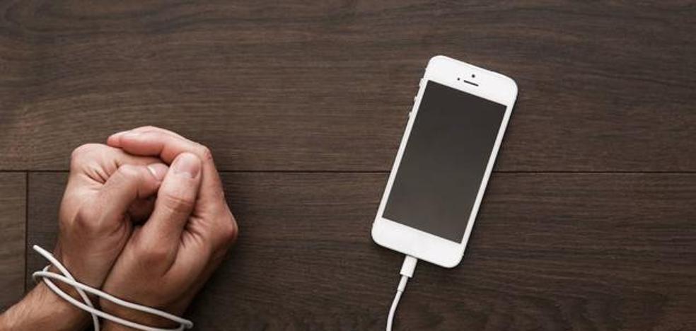 El móvil dispara el fracaso escolar y el acoso en las aulas
