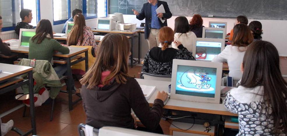 El 8% de los alumnos extremeños sufre algún tipo de acoso en el colegio, según Adhex