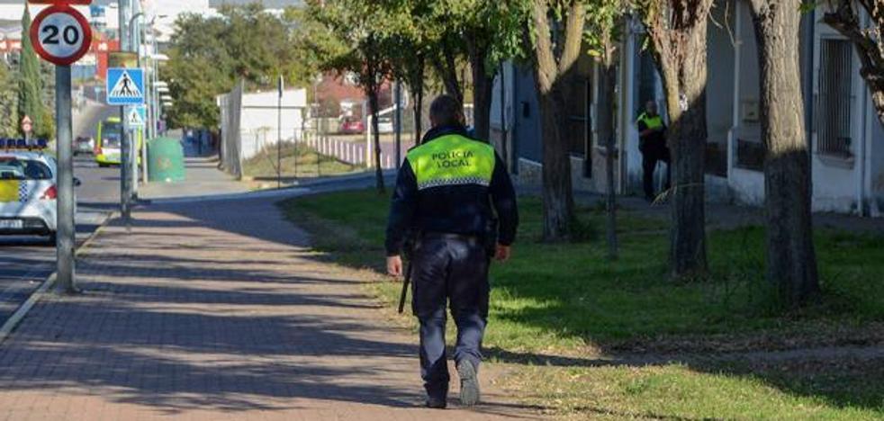 Se entrega el hombre que huyó por los tejados tras intentar agredir a su pareja en Badajoz