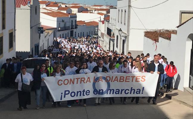 Más de mil alumnos recorren las calles de Los Santos