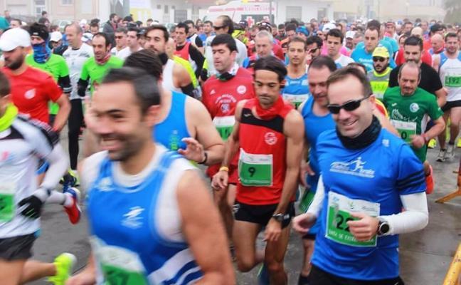 La Media Maratón de Navalmoral incorpora una carrera de 10 kilómetros y un concurso fotográfico
