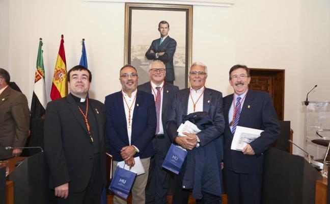 Toman posesión los nuevos cronistas de cinco municipios cacereños