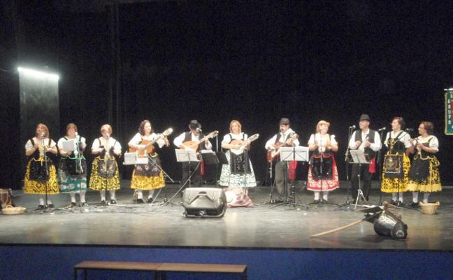 El Otoño Cultural de Almaraz se une contra la esclerosis