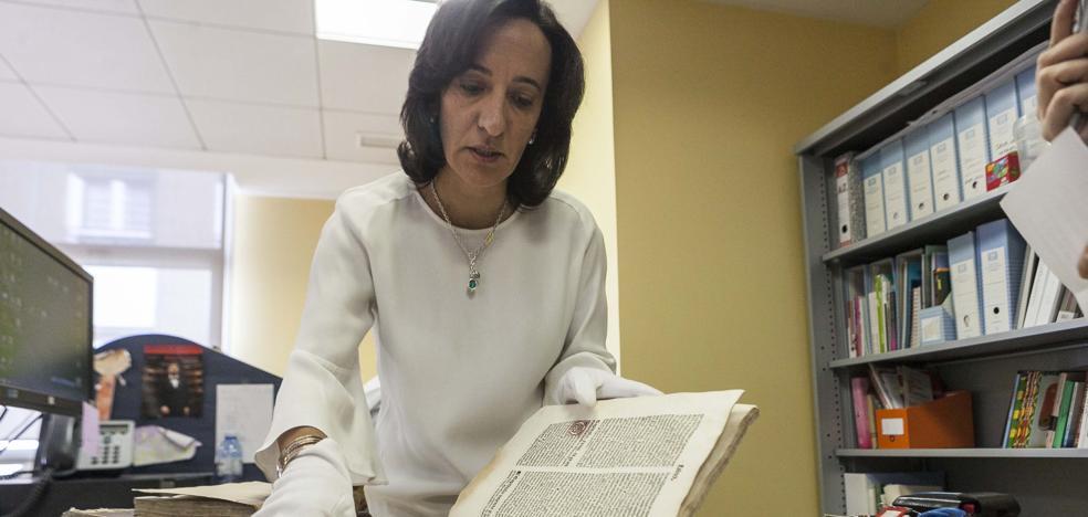 La Biblioteca de Cáceres halla cinco documentos incunables entre sus fondos antiguos