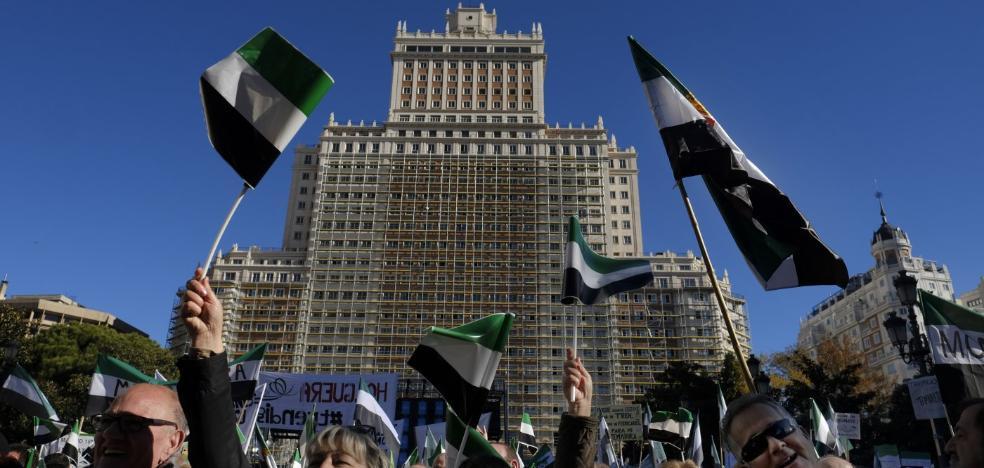 Extremadura grita unida en Madrid