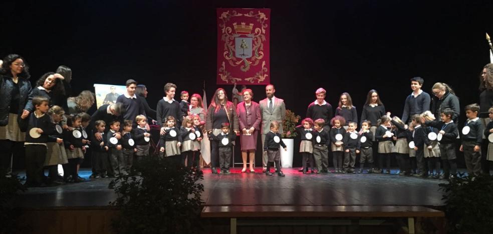 La comunidad del Santo Ángel celebra la medalla de plata
