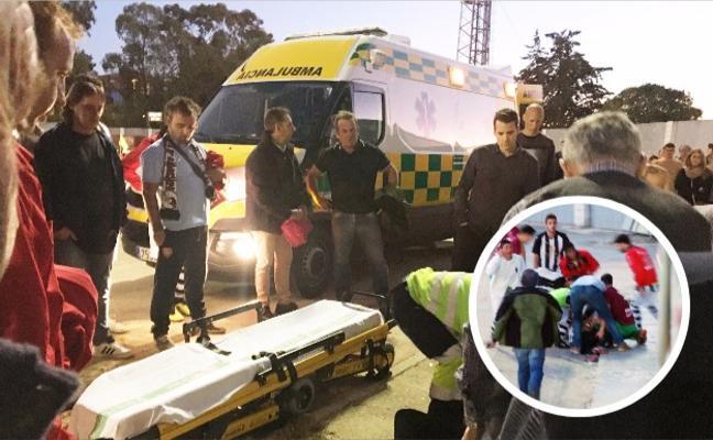 Un aficionado sufre trauma craneal tras caer de una grada en Plasencia