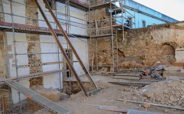 Amigos de Badajoz reclama más intervención en la Alcazaba para propiciar nuevos hallazgos