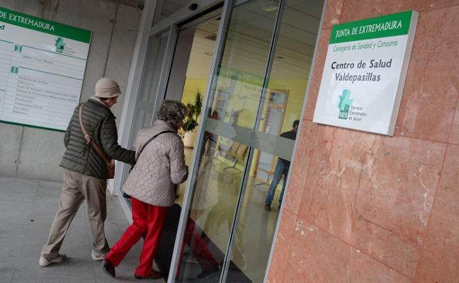 El SES inicia el trasvase de pacientes de Valdepasillas a Ciudad Jardín