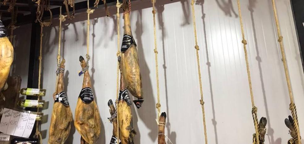 Roban jamones por valor de 12.000 euros en Zafra