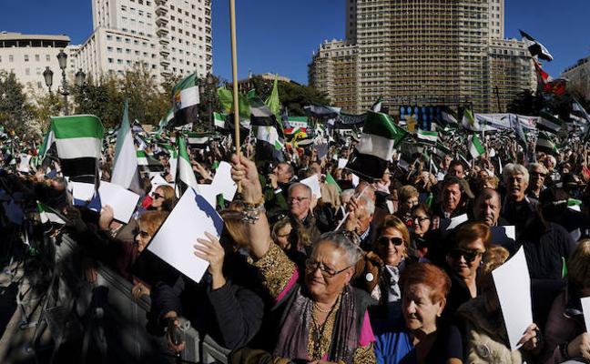 Vara acusa a la Delegación del Gobierno en Madrid de mentir y dice que hubo 40.000 personas por el tren