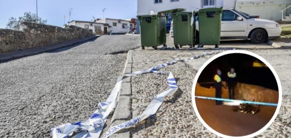 Los vecinos aseguran que el asesinado en Las 800 llevaba cubierta la cara