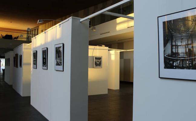Exposición 'Las Tres Campanas', del extremeño José María Ballester