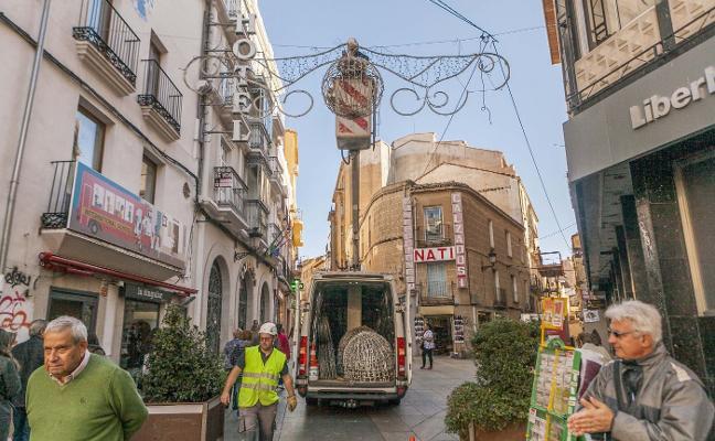 500 efectivos de Policía reforzarán la seguridad en la Navidad cacereña