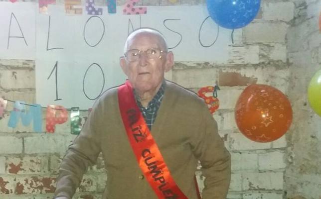 Juan Alonso cumple 102 años