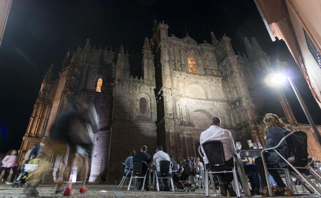 La catedral de Plasencia renovará su iluminación tras casi dos décadas