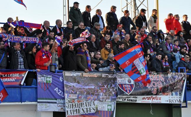 El Extremadura estará arropado por su afición en Villanueva