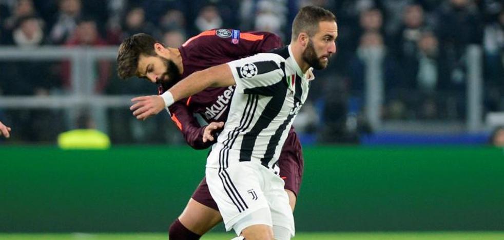El palo evita el gol del Barça