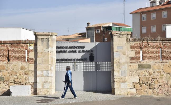 El cierre del albergue concentra los espacios juveniles en Ronda del Pilar