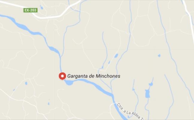 Arde una casa en la Garganta de los Minchones de Villanueva de la Vera